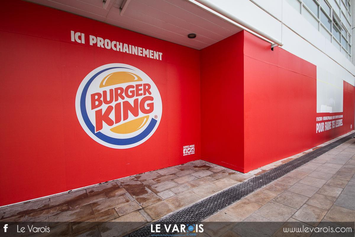 photos burger king ne se cache plus toulon l 39 ouverture avanc e. Black Bedroom Furniture Sets. Home Design Ideas