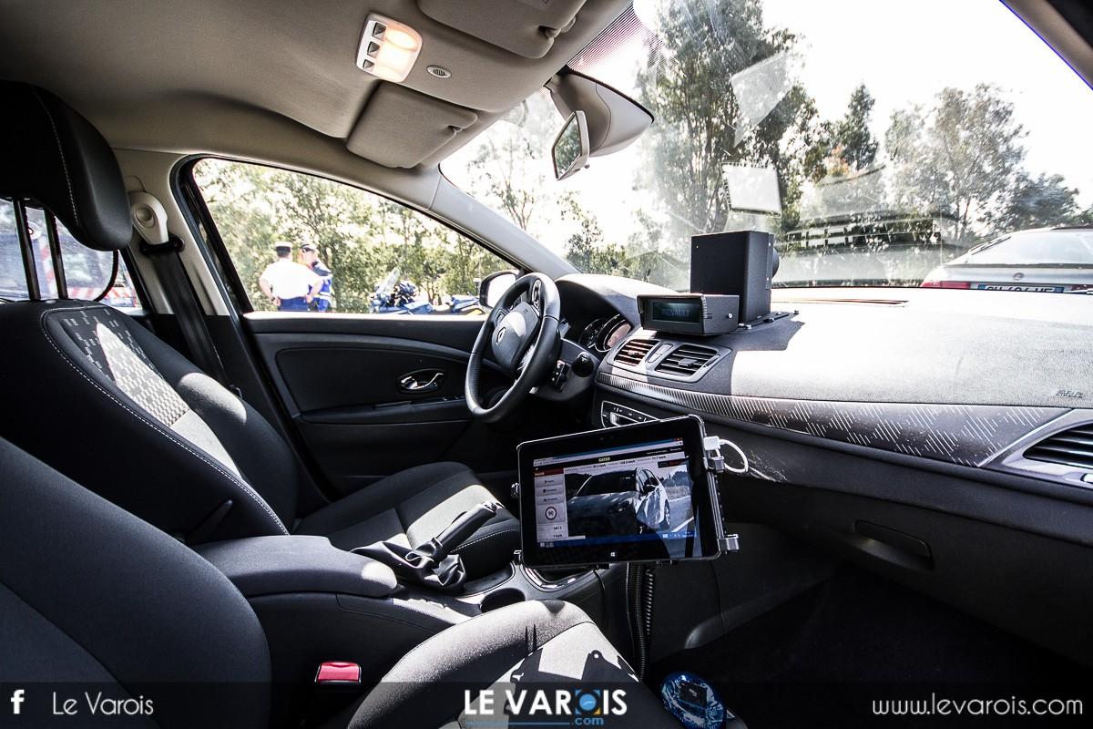 la voiture radar mobile dans le golfe de st tropez ce mardi 27 mai 2014. Black Bedroom Furniture Sets. Home Design Ideas