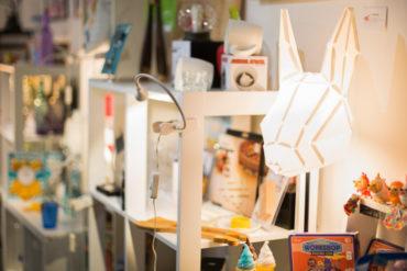 Maï B. Atypique concept store Toulon Mourillon décoration cadeaux enfants vêtements bijoux